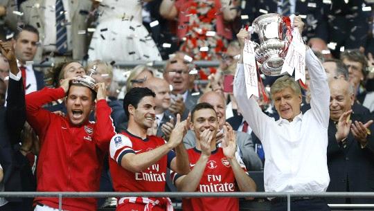 Wenger faturou seu 13º trofeu à frente dos Gunners