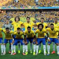 Seleção brasileira posa para foto antes da estréia no Mundial 2014 Crédito: Vipcomm